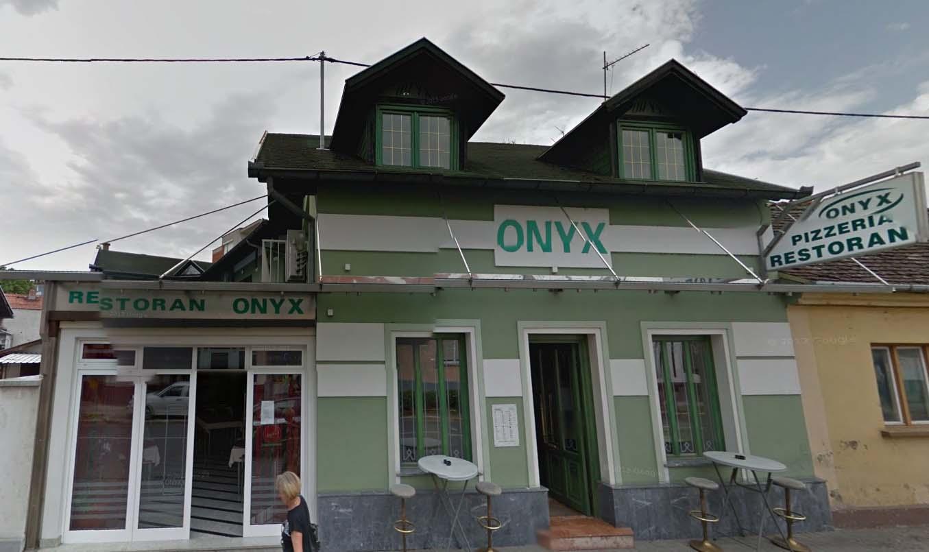 """Restoran i pizzeria """"Onyx"""""""