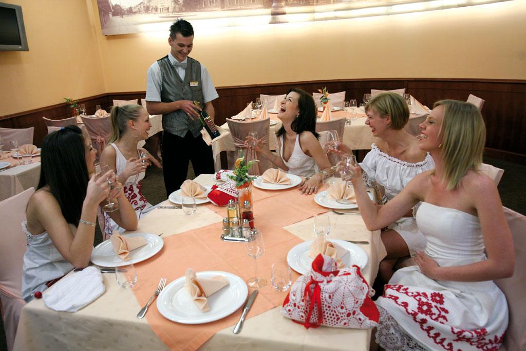 Restoran hotela Savus